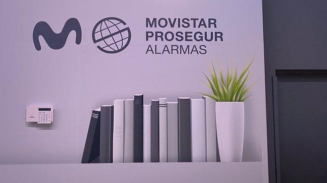 Movistar Prosegur Alarmas dona 20.000 euros a la ONG Ayuda en Acción